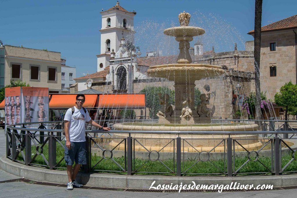 Plaza de España de Mérida - Los viajes de Margalliver